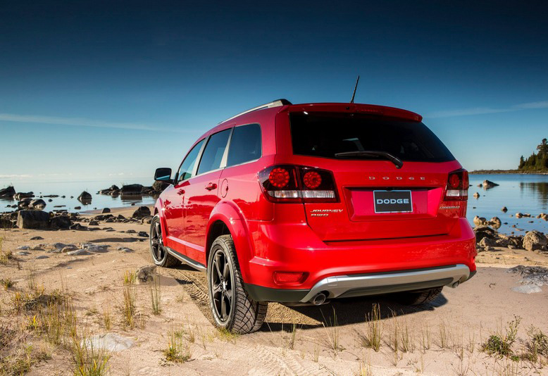 Dodge-Journey-Crossroad-18