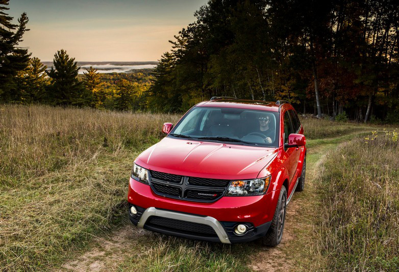 Dodge-Journey-Crossroad-3