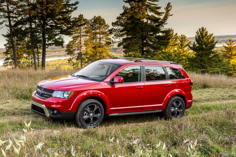 Dodge-Journey-Crossroad-4