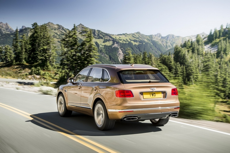 sm.Bentley Bentayga 2.800
