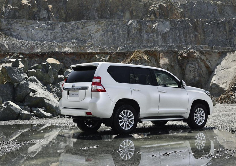 land-cruiser-prado-4