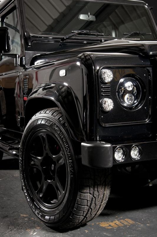 Urban-Truck-Land-Rover-Defender-Ultimate-RS-5