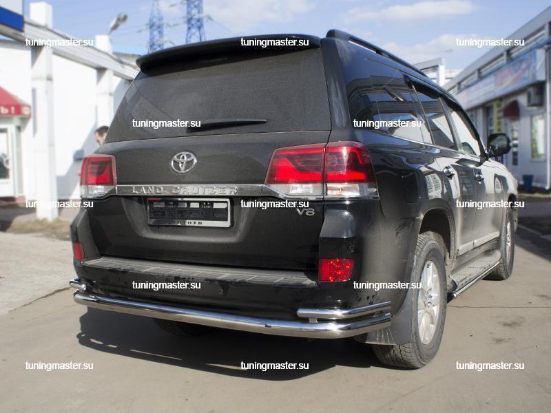 Защита заднего бампера Toyota Land Cruiser 200 труба двойная