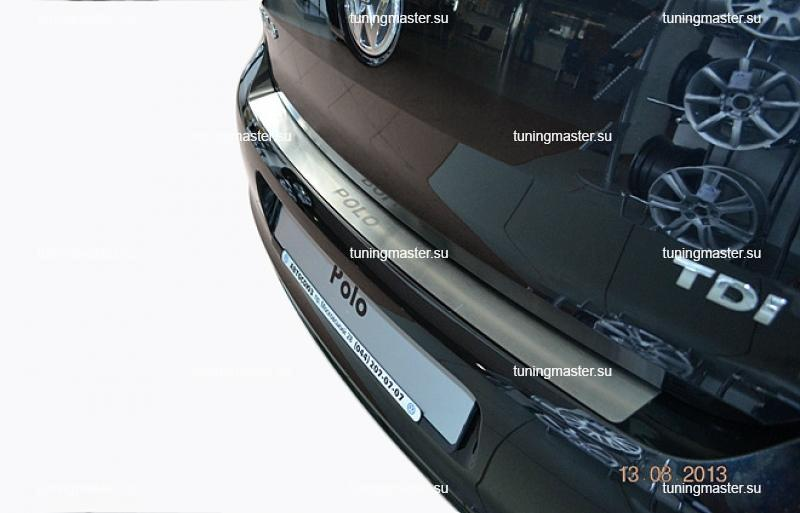 Накладка на задний бампер Volkswagen Polo 5 4Dс логотипом
