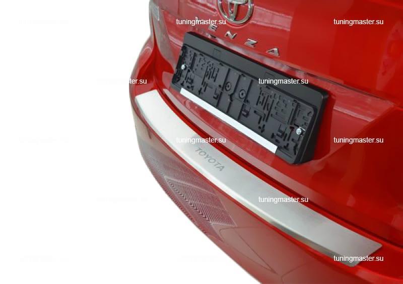 Накладка на задний бампер Toyota Venza с загибом