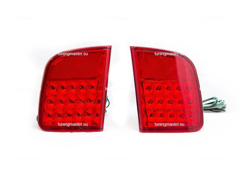 Фонари задние противотуманные Toyota Land Cruiser 200 (красные)