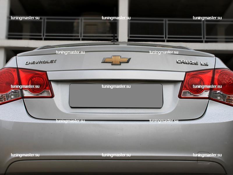 Спойлер на крышку багажника Chevrolet Cruze