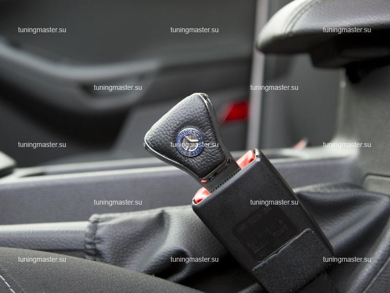 Заглушка ремня безопасности с логотипом Mercedes Benz(Premium)