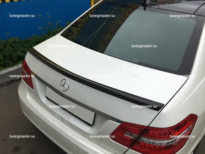 Спойлер на крышку багажника Mercedes Benz E-Сlass W212 Brabus