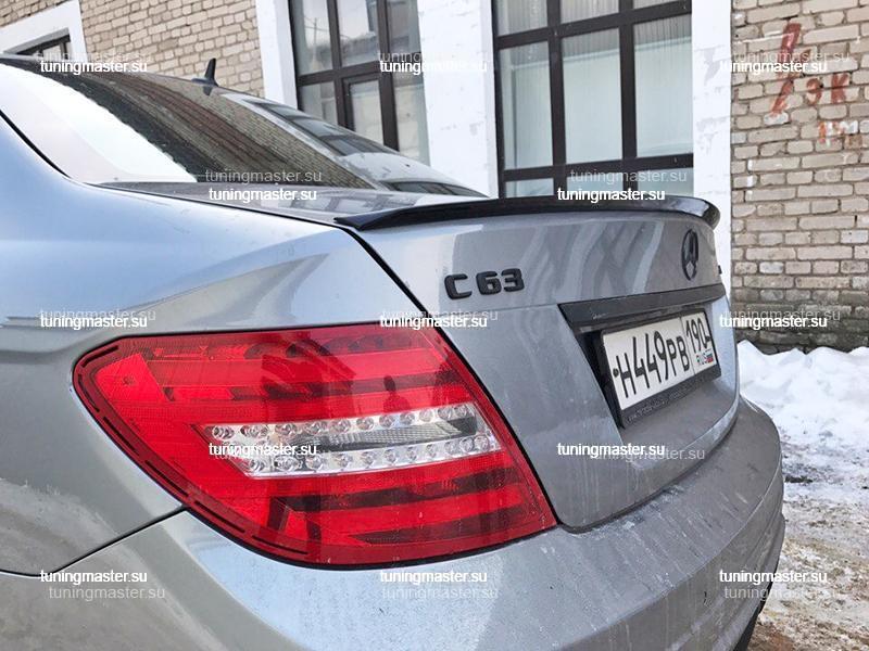 Спойлер на крышку багажника Mercedes Benz C-Class W204