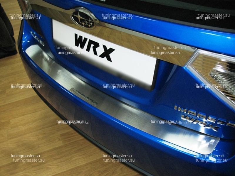 Накладка на задний бампер Subaru Impreza с логотипом