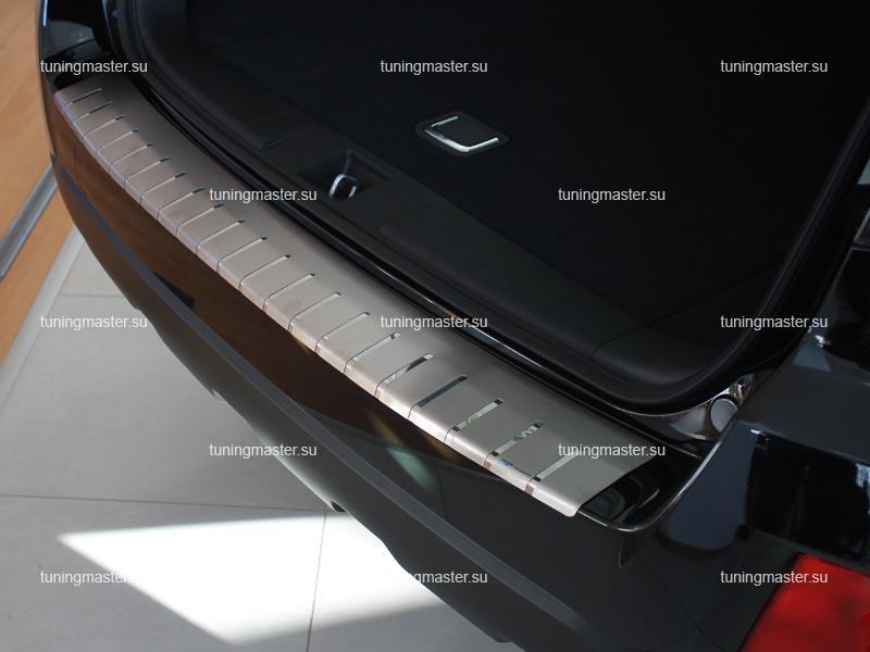 Накладка на задний бампер Subaru Outback 4 профилированная с загибом