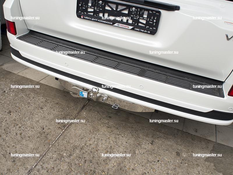 Фаркоп Toyota Land Cruiser 200 Executive с хромированной накладкой (4)