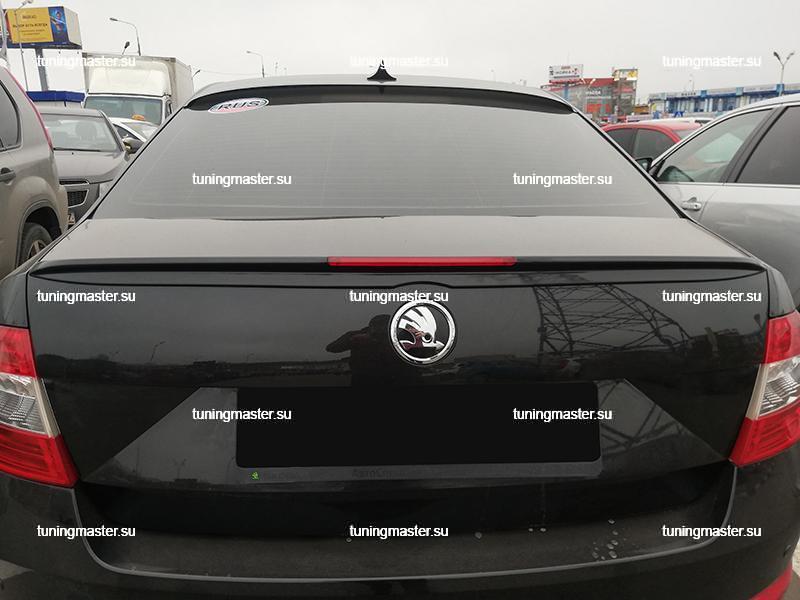 Спойлер на крышку багажника Skoda Octavia A7