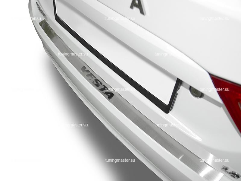 Накладка на задний бампер LADA Vesta с логотипом