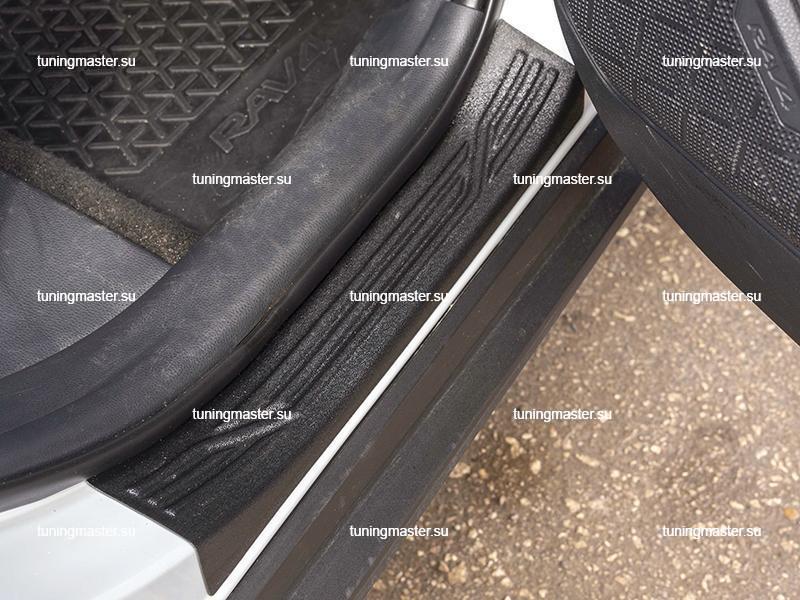 Накладки на пороги Toyota RAV4 XA50 (пластик)