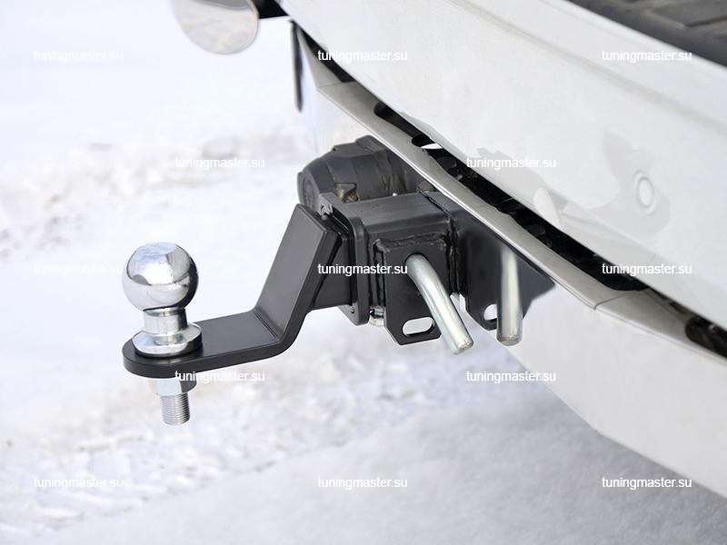 Фаркоп Toyota Land Cruiser Prado 150 с хромированной накладкой (быстросъемный) 1