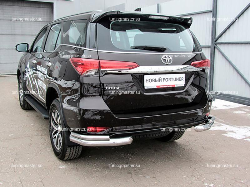 Защита заднего бампера Toyota Fortuner двойные углы Ø76/42