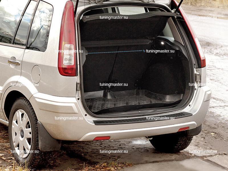 Накладка на задний бампер Ford Fusion (пластик)