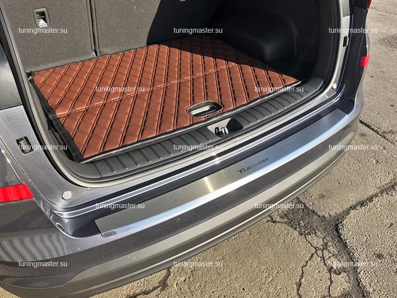 Накладка на задний бампер Hyundai Tucson с загибом