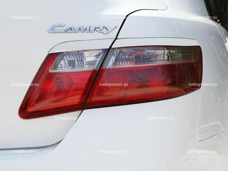 Накладки на задние фонари Toyota Camry V40