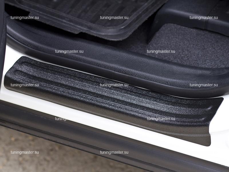 Накладки на пороги Toyota RAV4 CA40 (пластик)
