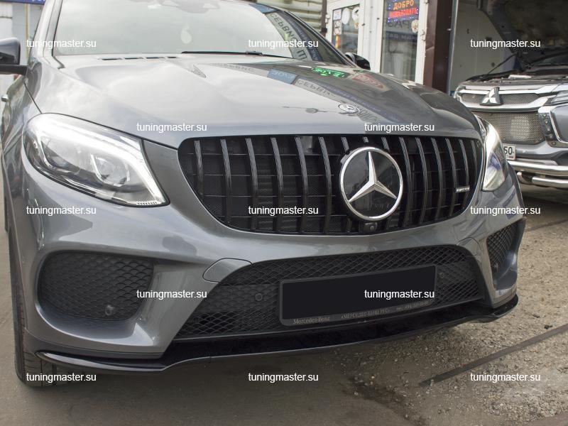 Решетка радиатора Mercedes Benz GLE Coupe C292 стиль GTR Black (с камерой)