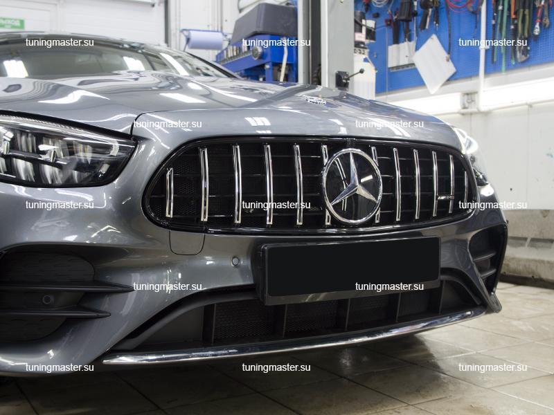 Решетка радиатора Mercedes Benz E-class W213 стиль GT (рестайлинг) (4)