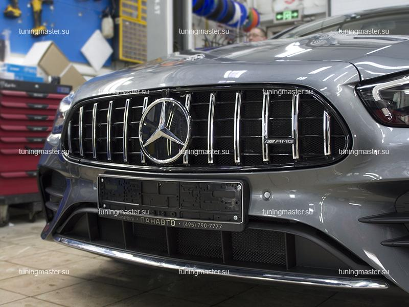 Решетка радиатора Mercedes Benz E-class W213 стиль GT (рестайлинг)